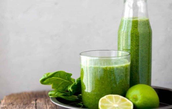 detox smoothie spinazie met citroen