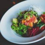 sashimi zalm en tonijn salade