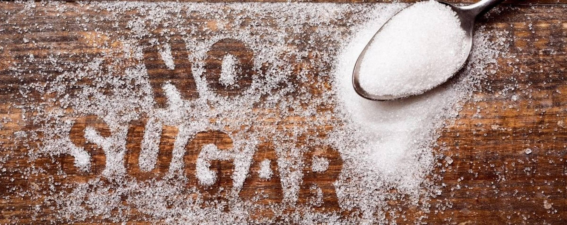 Laten zien dat aspartaam een goede suikervervanger is.