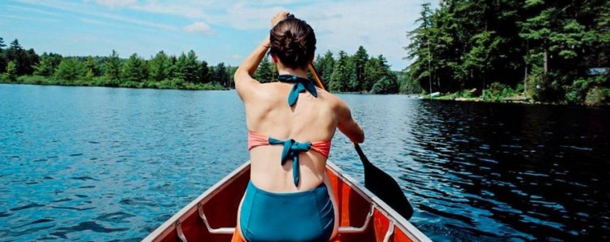 Met wandelen, fietsen en kanovaren kan je fit blijven op vakantie.
