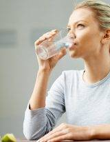 Helpt water bij afvallen