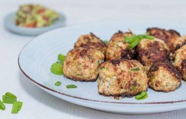 kip gehaktballen van zelf gemaakt kipgehakt.