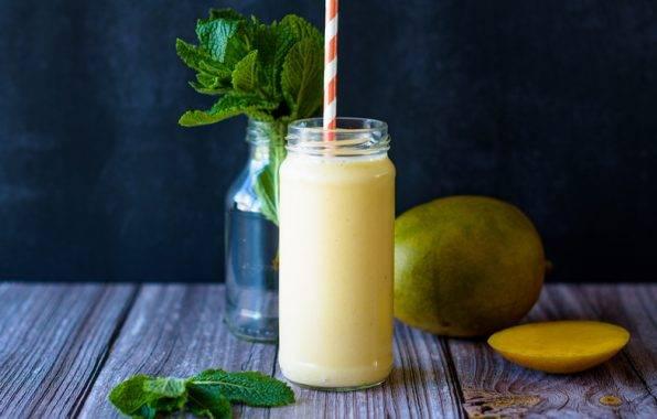 smoothie met mango en nectarine