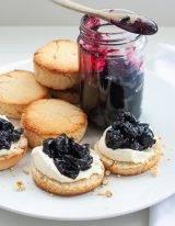 Scones recept van Mary Berry met kersenjam en crème fraîche