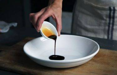 zelf teriyaki saus maken zonder suiker, happy vegan (1)